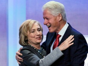 Bill-and-Hillary-Clinton-hugging-ap-640x480